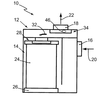 Filter system and filter element having a glass fiber filter medium and a sintered body