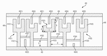In-line filter having mutually compensating inductive and capacitive coupling