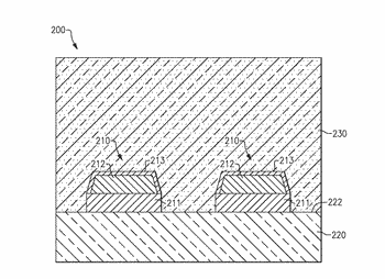 Surface acoustic wave elements having improved resistance to cracking, and methods of manufacturing same