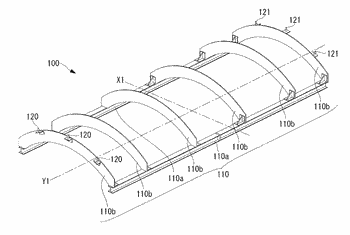 Suction device, holding device, and conveyance method
