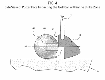 Golf putter head for ensuring pure roll