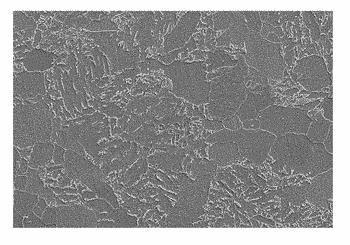Low-crack-sensitivity and low-yield-ratio ultra-thick steel plate and preparation method therefor