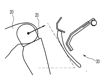 Apparatus for controlling crash pad linked with vehicle seat and method for controlling crash pad ...